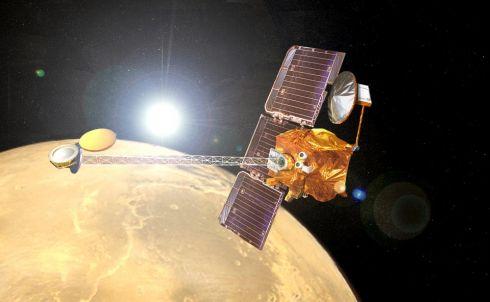 Mars Odissey com Sol ao fundo