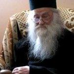 Intru multi ani, Parinte! Staretul Manastirii Petru Voda, arhimandrit Justin Pârvu, a implinit binecuvantata varsta de 92 de ani. Slava Tie, Doamne!