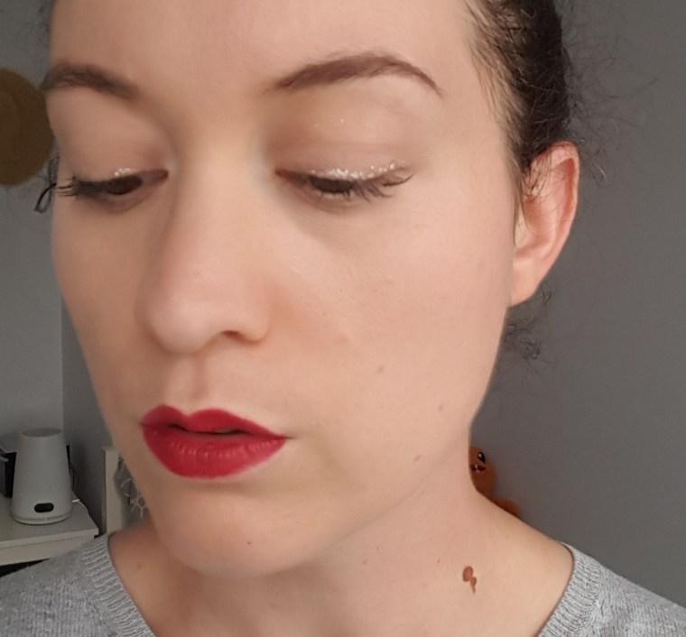 maquillage glitter liner