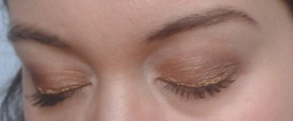 yeux fermés maquillage réveillon