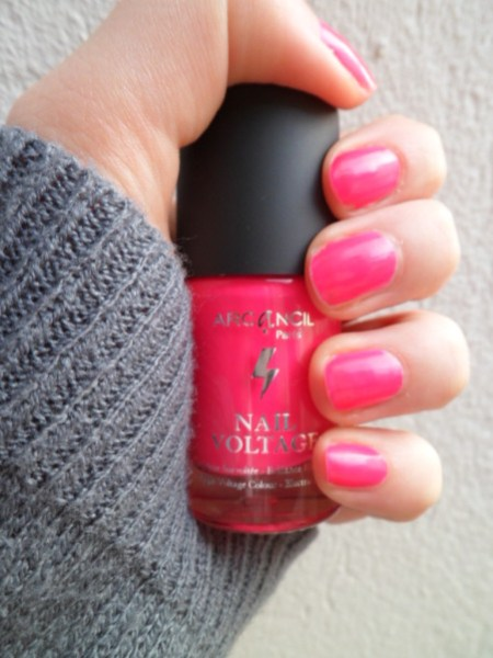 vernis rose fluo néon arcancil