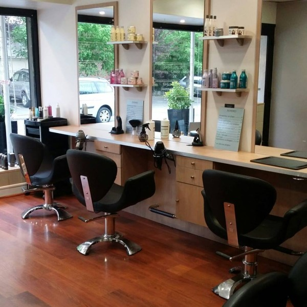 Salon de coiffure 2 coiffure family 39 art toulouse apologie d 39 une shopping addicte - Salon de coiffure saint cyprien toulouse ...
