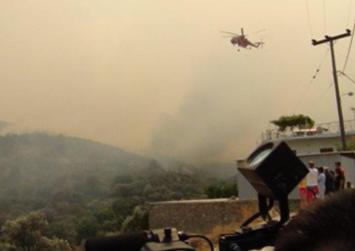 Σε κατάσταση έκτακτης ανάγκης η Χίος λόγω της μεγάλης πυρκαγιάς