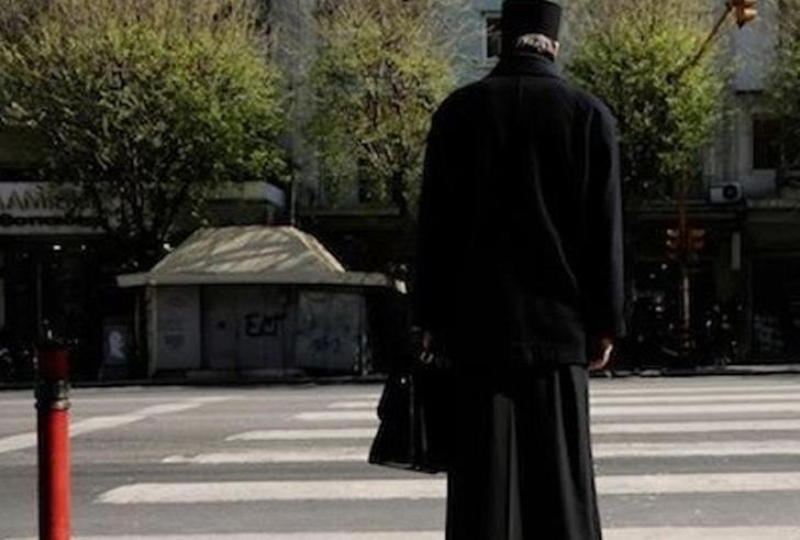 52χρονος ιερέας «ερωτεύτηκε» 15χρονη μαθήτρια!