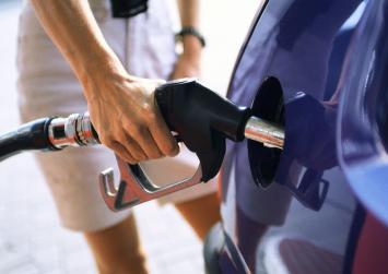 Απίστευτη κερδοσκοπία στα καύσιμα!