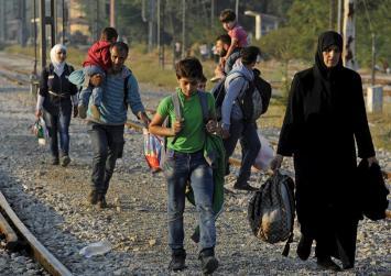 Ξεπέρασαν τους 16.000 οι πρόσφυγες στα νησιά