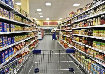 Μειωμένες τιμές από σήμερα σε σουπερμάρκετ, εστίαση και ενέργεια