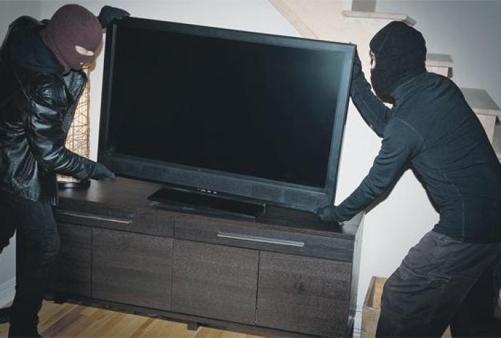 Κρήτη: Μπήκε σε σπίτι και έφυγε με υψηλής τεχνολογίας εξοπλισμό…