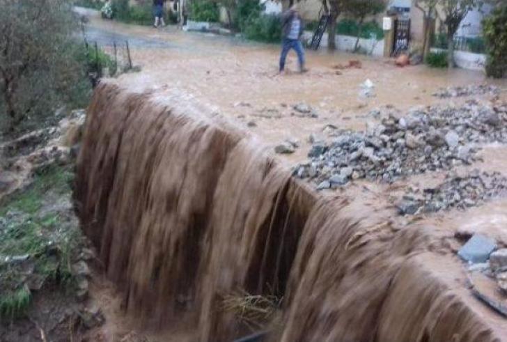 Οι έντονες βροχές έφεραν καταστροφές στη νότια Κρήτη