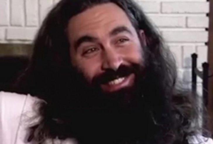 """Ο σύγχρονος """"Caveman"""" είχε να ξυριστεί 12 χρόνια και η μεταμόρφωσή του δεν υπάρχει"""