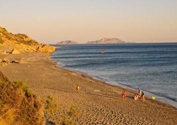 Παραλία Λίγκρες: Η ιδανική παραλία για όσους αναζητούν… ηρεμία! (φώτο)