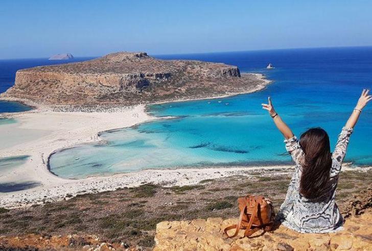 Τουρισμός: Σε Ρόδο και Κρήτη τα σκήπτρα