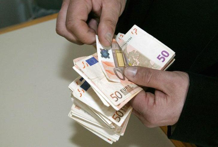Ποιες μητέρες δικαιούνται επίδομα 1000 ευρώ
