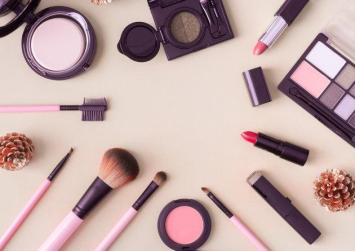 Ανακαλούνται 74 προϊόντα καλλυντικών – Δείτε τη λίστα