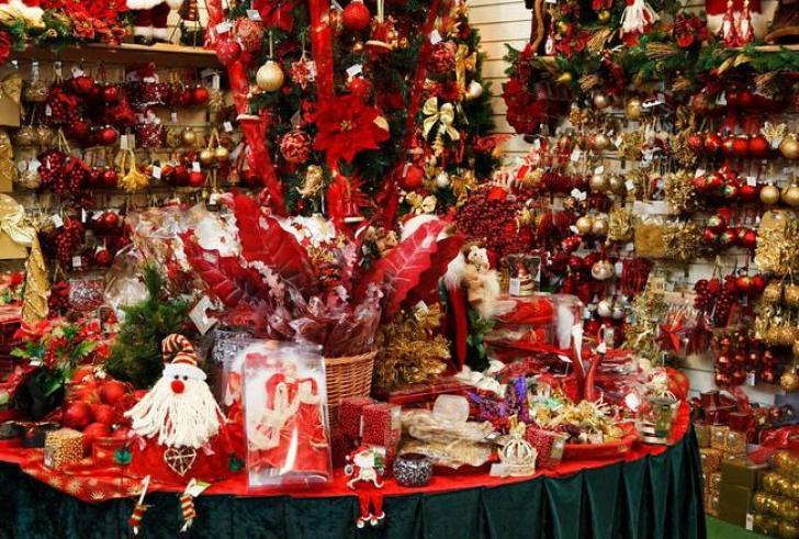 Ξεκινά το εορταστικό ωράριο των καταστημάτων στο Ηράκλειο