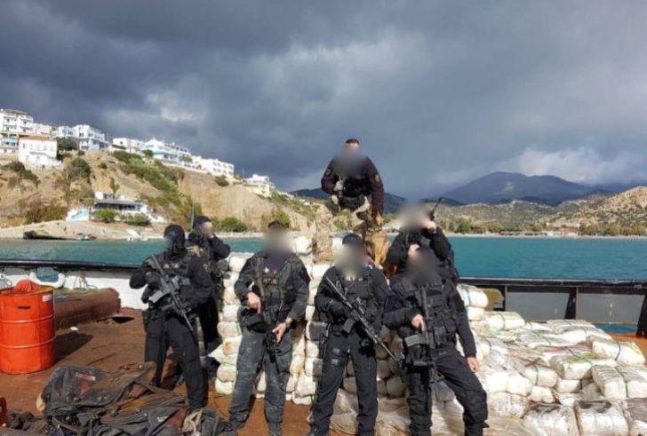 """Αγία Γαλήνη: Βρίσκουν και άλλα ναρκωτικά ένα χρόνο μετά στο πλοίο """"Andreas"""";"""