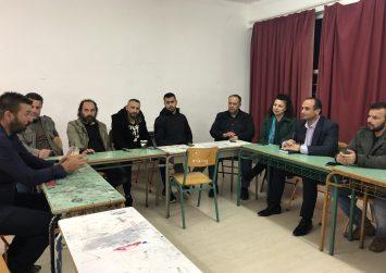 Ο Συνδυασμός «Ο Τόπος μας Μπροστά» επισκέφτηκε το Εσπερινό Σχολείο Τυμπακίου