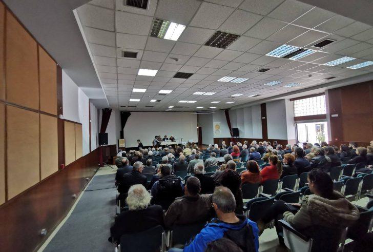 Μοίρες: Πλήθος κόσμου στην παρουσίαση του βιβλίου «Το Κρητικό και το Μακεδονικό Ζήτημα» (φώτο)