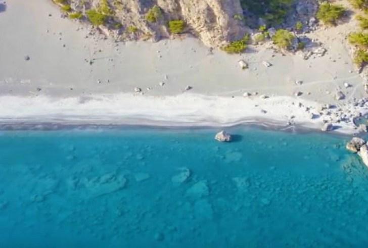 Ποιος είπε ότι δεν μπορείς να ερωτευτείς την Κρήτη μέσα σε 30 δευτερόλεπτα; (βίντεο)
