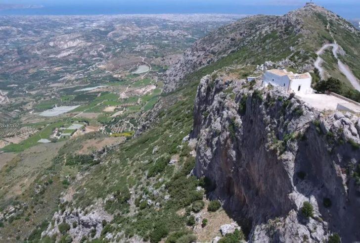 Γιούχτας το ιερό βουνό των Μινωιτών με την μορφή του Δία (βίντεο)