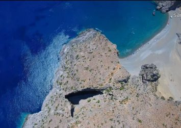Το Αγιοφάραγγο και κρυμμένη λίμνη – Δείτε το υπέροχο βίντεο