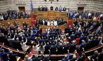 Ορκίστηκε η νέα Βουλή, οι παρουσίες και οι δηλώσεις