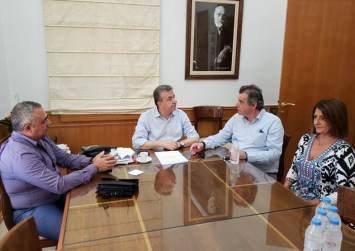 Συνάντηση Περιφερειάρχη με τον Δήμαρχο Αγίου Βασιλείου κ. Ταταράκη