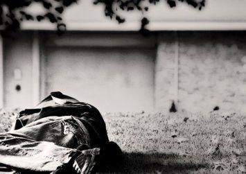 Ο Δήμος Ηρακλείου αναζήτα σπίτια και εργασία για άστεγους