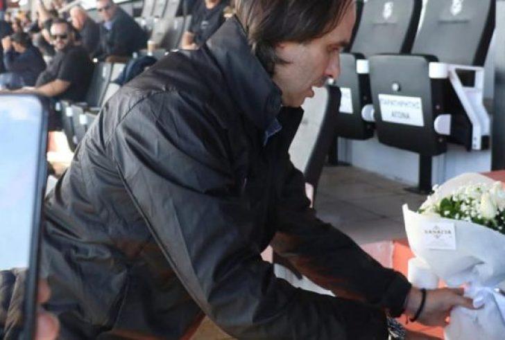 Συγκίνηση στο Γεντί Κουλέ: Μία ανθοδέσμη στη θέση που καθόταν ο Γιώργος Δεικτάκης