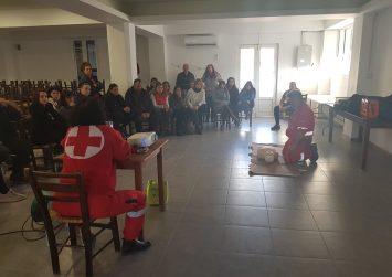 Εκπαιδεύτηκαν στις πρώτες βοήθειες και στην χρήση απινιδωτή στην Πόμπια (φώτο)