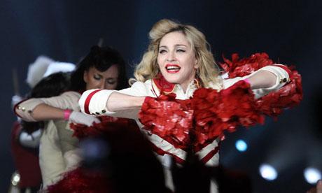 Madonna durante el concierto en San Petersburgo