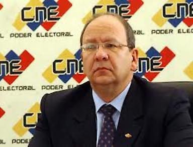 El rector del Consejo Nacional Electoral (CNE), Vicente Diaz