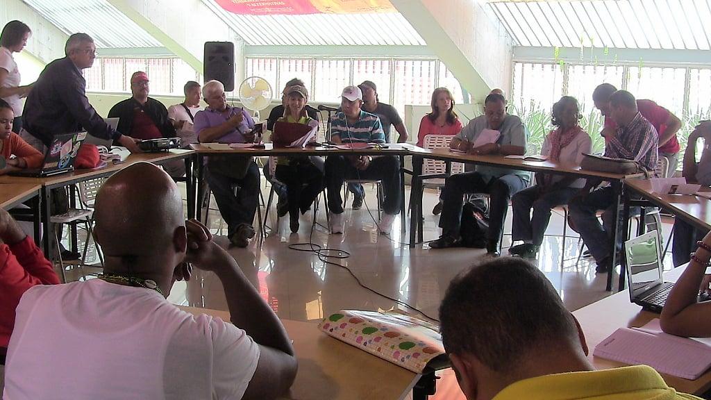 Medios comunitarios y alternativos discuten Proyecto de Ley de Comunicación Popular y se preparan para impulsarla con una movilización nacional
