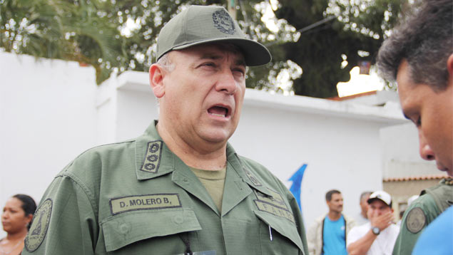 El ministro para la Defensa, almirante Diego Molero