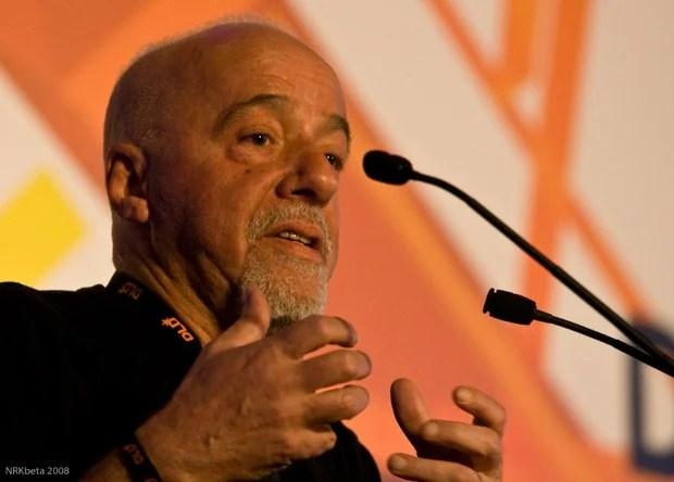 El escritor brasilero Paulo Coelho