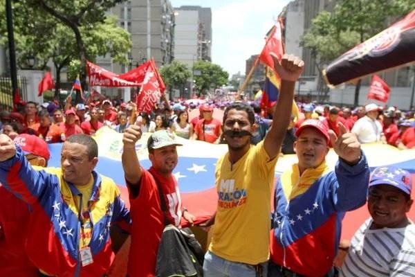 Trabajadores se movilizaron en Caracas en apoyo a Maduro