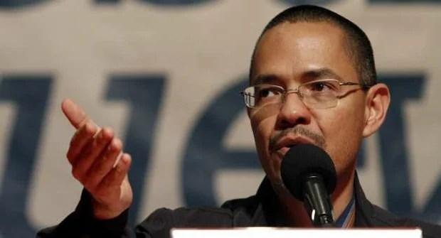El ministro del Poder Popular para la Comunicación e Información, Ernesto Villegas