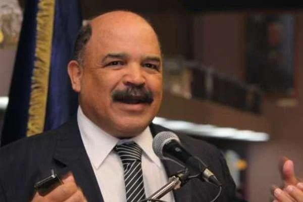 El ministro del Poder Popular para las Finanzas, Nelson Merentes