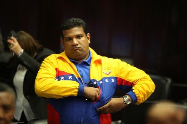 ¿Estaba armado Arteaga dentro de la Asamblea Nacional?