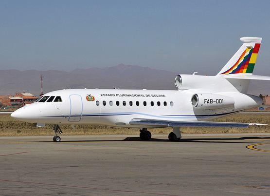 El avión del Presidente Evo Morales es una modesta aeronave, lo cual contrasta con la enorme dignidad del mandatario.