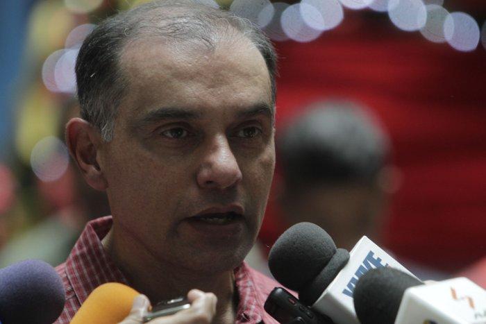 """Ahora golpista: El ex-jefe del Órgano Superior para la Defensa Popular de la Economía, Hebert García Plaza, comandó el operativo denominado """"El Dakazo""""."""