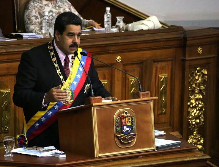 El Jefe de Estado llamó a consultas a la embajadora venezolana en Guyana; además, se reducirá la delegación diplomática y se revisarán a profundidad las relaciones con ese país.