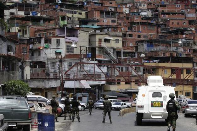 Estas acciones buscan desarticular bandas criminales que han sometido ciertas zonas del país