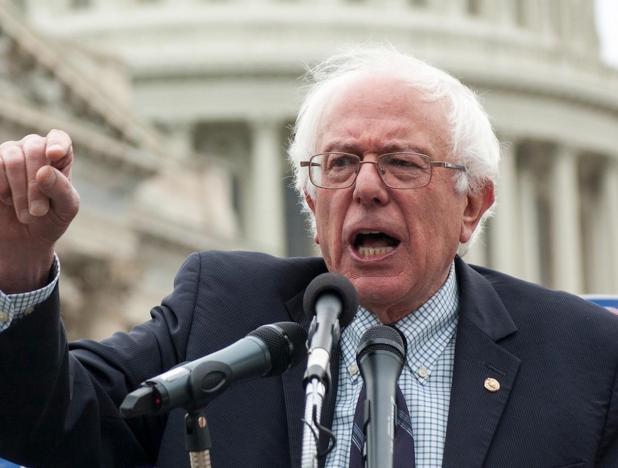 """El popular y carismático Bernie Sanders quien se auto-calificó como un candidato """"socialista-demócrata"""" y de la juventud."""