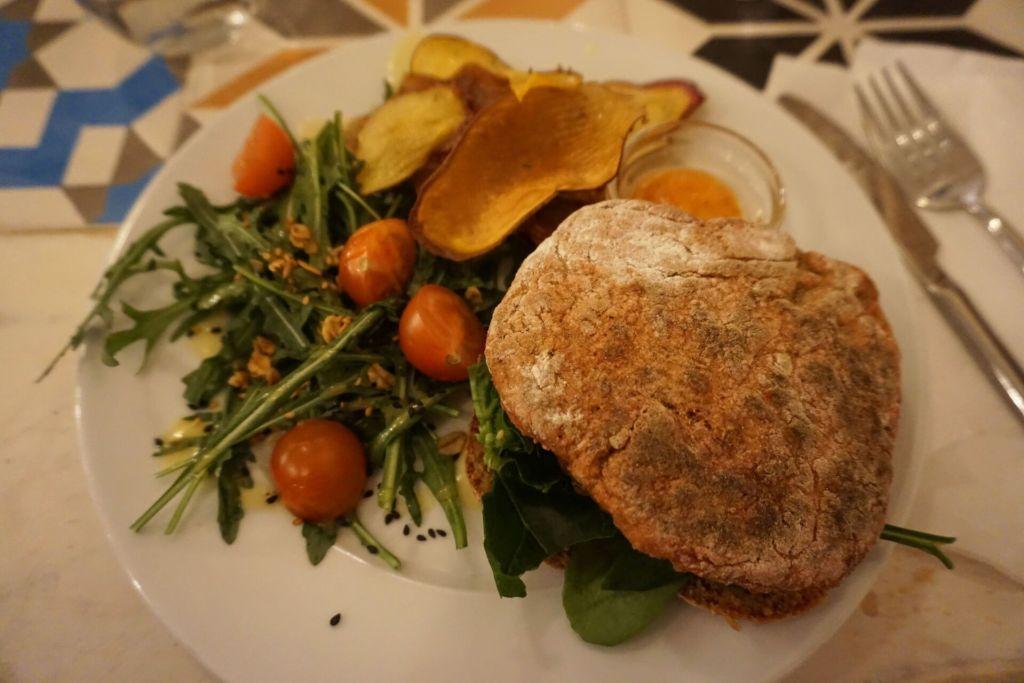 Vegetarian hamburger Graca 77