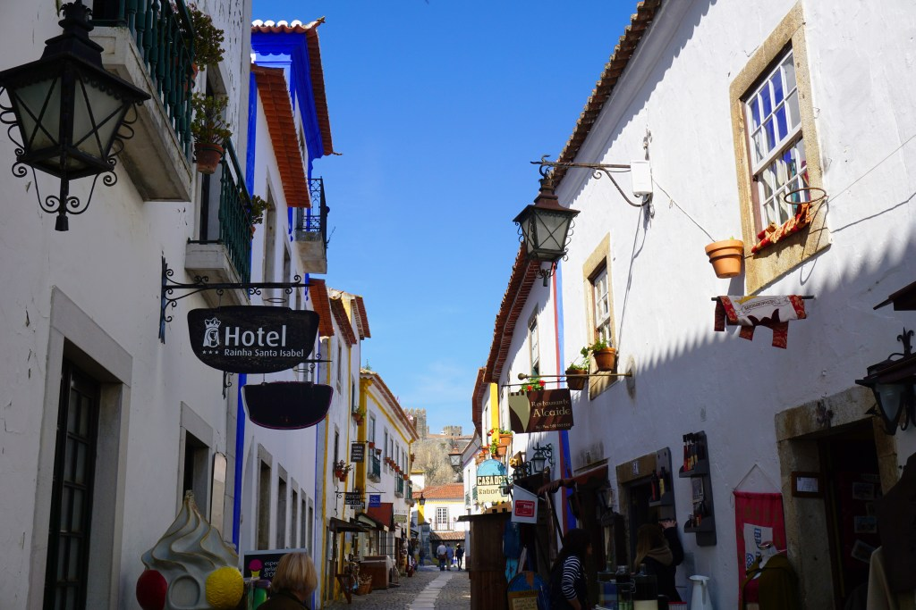 Shopping in Obidos