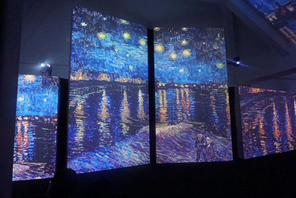 Van Gogh Alive river