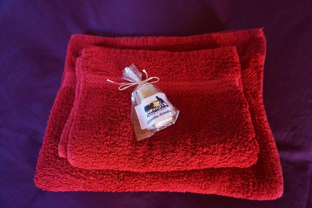 Quinta do Cobral guest soap