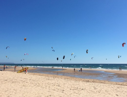 Kite surfers delight at Nova Vaga