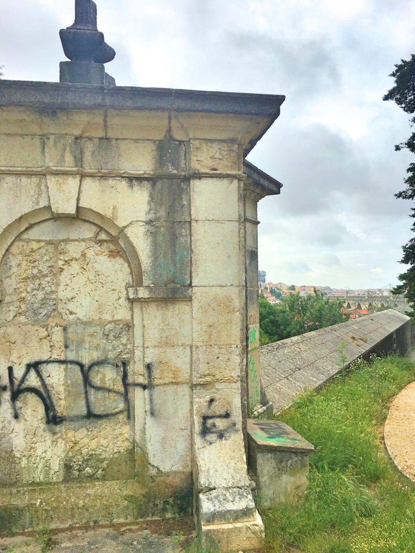 Parque de Monsanto - aqueduct